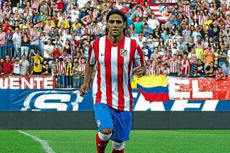 Falcao, en su presentación con el Atlético, que lo fichó con ayuda de Doyen.