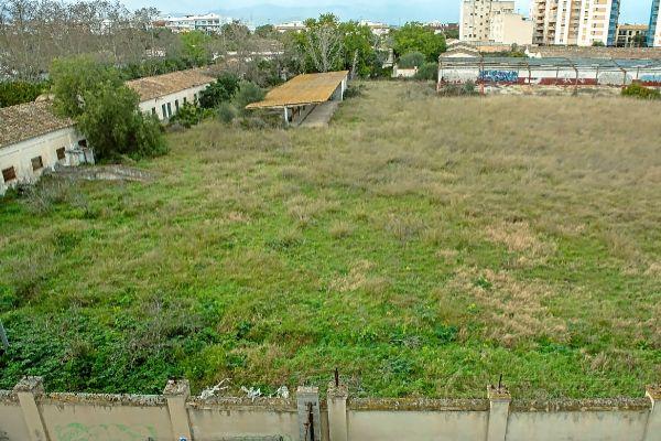 Panorámica del abandonado cuartel de artillería de Son Busquets en Palma.