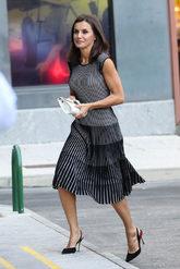 La Reina ha recuperado uno de los vestidos de su fondo de armario, un...