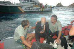 El buceador herido, tras ser rescatado hace cinco años por el GEAS.