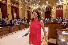La presidenta de Baleares, Francina Armengol, durante su investidura en el Parlamento Regional el pasado 27 de junio.