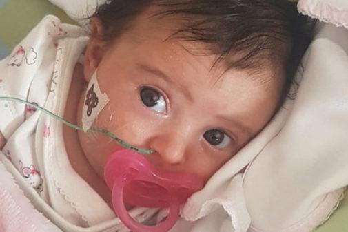 La pequeña Matilde, en una imagen del perfil de Facebook creado por su familia.