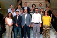 Foto de familia del equipo de gobierno del Ayuntamiento de Palma con el alcalde socialista Jose Hila al frente.
