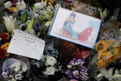 Dibujos de anime para recordar a las víctimas del incendio en Kioto.