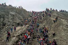 El 'turisteo' llega a los volcanes