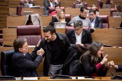 """Más de 136.000 euros a la ONG acusada de""""espiar""""  en el recreo si se habla catalán"""