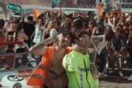 Rels B y Don Patricio en el vídeo de su nuevo single, ¿Cómo Te Va, Querida?