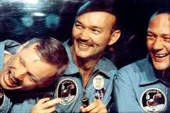 Los tres astronautas, por fin en casa