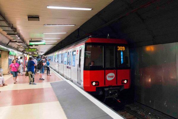 Un andén del Metro de Barcelona.
