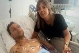 Rafaelillo, junto a su mujer, en la UCI del Centro Hospitalario de Pamplona