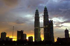 Fotografía de archivo de las Torres Gemelas Petronas, en Kuala Lumpur, capital de Malasia.
