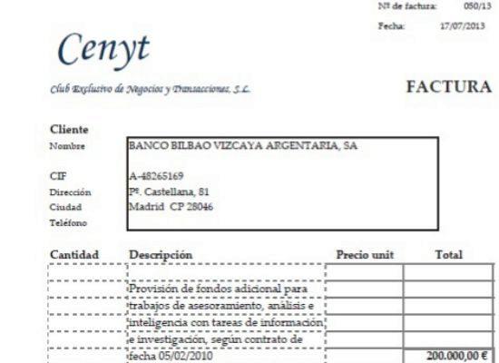 Ejemplo de una de las facturas emitidas por Cenyt, la sociedad del ex comisario Villarejo, al BBVA.