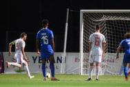 Abel Ruiz marca de penalti el tanto de la victoria.