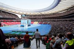 Multitudinaria asamblea de los testigos de Jehová en Madrid.