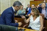 Susana Díaz se enfrenta este jueves al consejero de Hacienda, Juan Bravo, en el Parlamento.