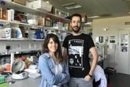 Clea Bárcena y Pedro M. Quirós, principales autores del trabajo.