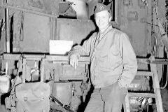 El corrresponsal Tom Treanor en Normandía, en julio de 1944.