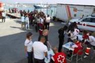 Inmigrantes en el puerto de Motril el día 18 de julio.