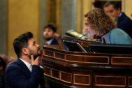 Gabriel Rufián se dirige este martes a la presidenta del Congreso, Meritxell Batet.