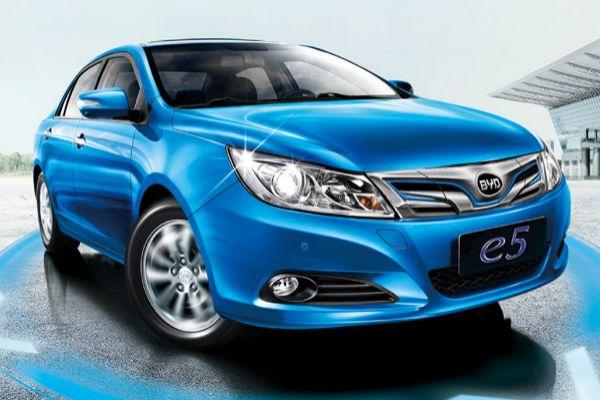 Toyota se alía con BYD para hacer coches eléctricos para China
