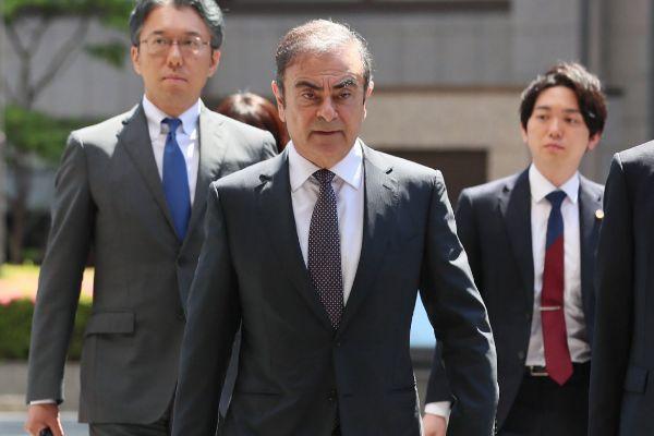 Carlos Ghosn demanda en Holanda a Nissan y a Mitsubishi