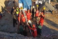 Bomberos y Guardia Civil, durante el rescate de Julen.