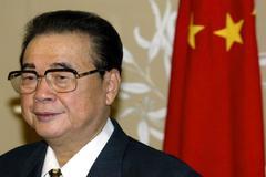 El ex primer ministro chino Li Peng , en una imagen de archivo de 2002.