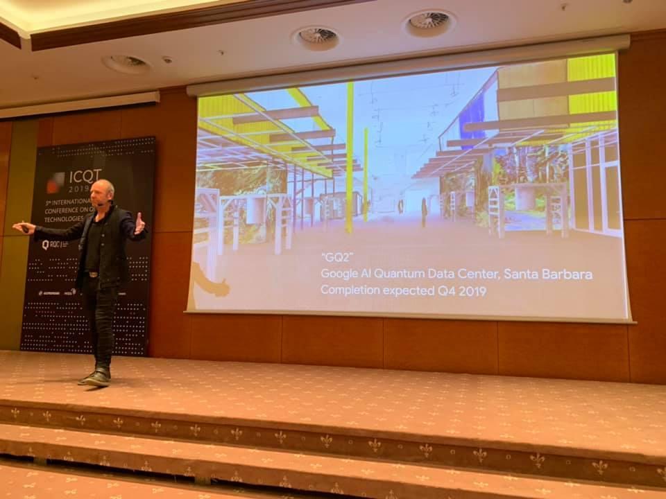 Neven ha sido uno de los invitados estelares a la ICQT, quinta edición de la Conferencia Internacional de Tecnologías Cuánticas, celebrada en Rusia.