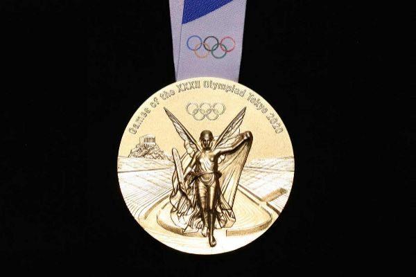 De las tripas del móvil al cuello de los atletas: así serán las medallas 'recicladas'