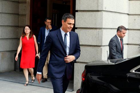Moncloa dice que ofreció a Podemos una vicepresidencia y tres ministerios: Sanidad, Igualdad y Vivienda