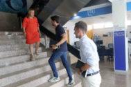 Los hermanos David y Toño Sánchez, de la empresa The Music Republic, recibidos este miércoles por la alcaldesa de Benicàssim en el Ayuntamiento.