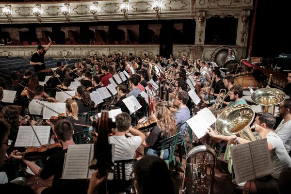 Ensayo de la Jove Orquestra de la Generalitat Valenciana.