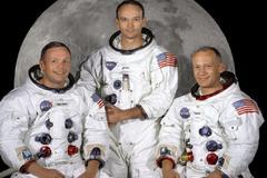 Neil Armstrong (a la izquierda) con Collins (c) y Aldrin en 1969.