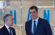 El lehendakari Iñigo Urkullu junto al presidente Sánchez durante una cumbre medioambiental en San Sebastián.