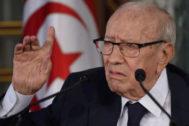 Beji Caid Essebsi, da una rueda de prensa en 2018.