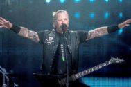 James Hetfield el vocalista de Metallica en un concierto en Copenhague.