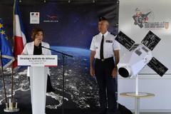 La ministra de Defensa, Florence Parly, presenta la estrategia de defensa espacial.