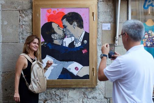 Pintura del artista urbano TVBoy en Barcelona