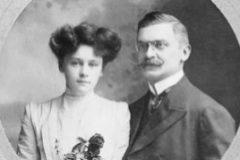 Ali Kemal y su esposa británica, Winifred Brun.