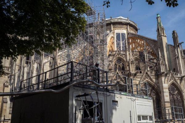 Trabajos de restauración en la catedral de Notre Dame.