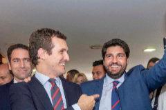 Fernando López Miras, presidente con el voto de PP, Cs y Vox