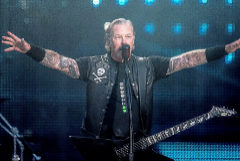 James Hetfield el vocalista de Metallica en un concierto en Copenhague.