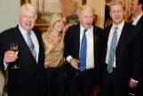 Stanley Johnson junto a sus hijos: Rachel, Boris y Jo