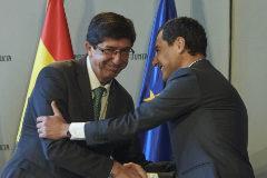 Juanma Moreno y Juan Marín, tras la toma de posesión del gobierno de coalición PP-Cs