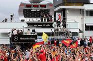 Vettel, en el podio de Hockenheim.