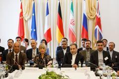 Las delegaciones europeas e iraníes reunidas hoy en Viena.