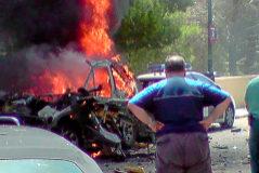 Estado en el que quedó el todoterreno de la Guardia Civil tras la explosión de la bomba lapa, el 30 de julio de 2009 en Palmanova (Calviá).