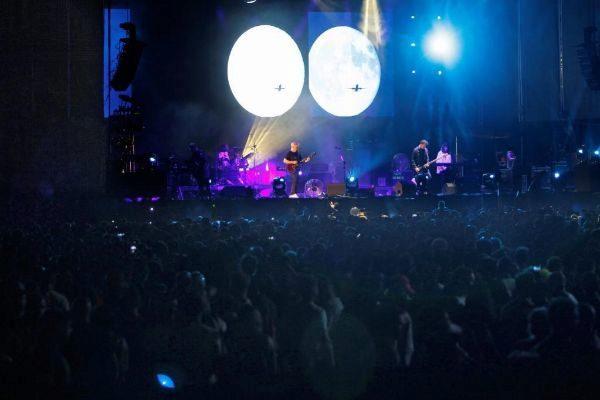 """New Order: """"Nunca creímos que la gente bailaría 'Blue Monday'"""""""