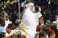 /////NO UTILIZAR SIN CONSULTAR CON FOTOGRAFÍA//// Le roi du Maroc <HIT>Mohammed</HIT> VI sur son cheval lors de la cérémonie de la prière du vendredi le 30 juillet 1999 à Rabat, Maroc. (Photo by Pool BENTIO-BENY.-BUU-HIRES/Gamma-Rapho via Getty Images) FÁTIMA RUIZ PARA INTERNACIONAL