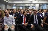 Javier Maroto, Pablo Casado y Teodoro García Egea, en la reunión de la Junta Directiva del PP.